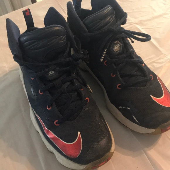youth basketball shoes size 4.5